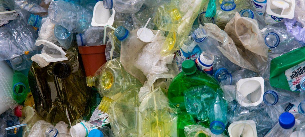 Opłata za śmieci zależna od zużycia wody – dlaczego takie wyjście to najmniejsze zło?