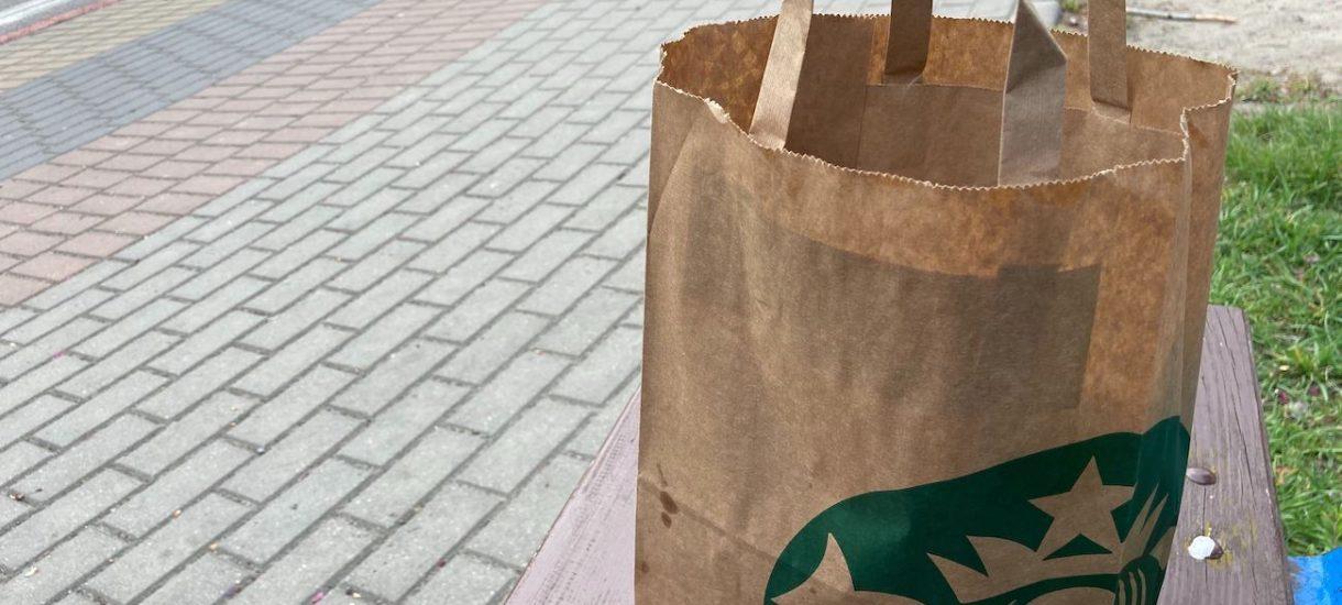 """4 kanapki Starbucks za łącznie 13 zł. Aplikacje pozwalające kupić """"resztki"""" z restauracji to genialny pomysł na walkę z marnowaniem jedzenia"""