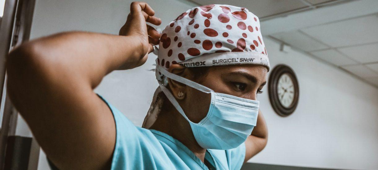COVID-19 jest chorobą zawodową, ale tylko wśród pracowników służby zdrowia