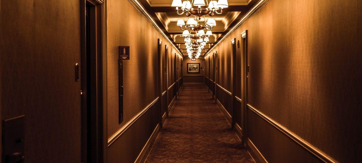 Czy w dobie epidemii można składać reklamację na pobyt w hotelu, w którym nie ma oczekiwanych atrakcji i udogodnień?