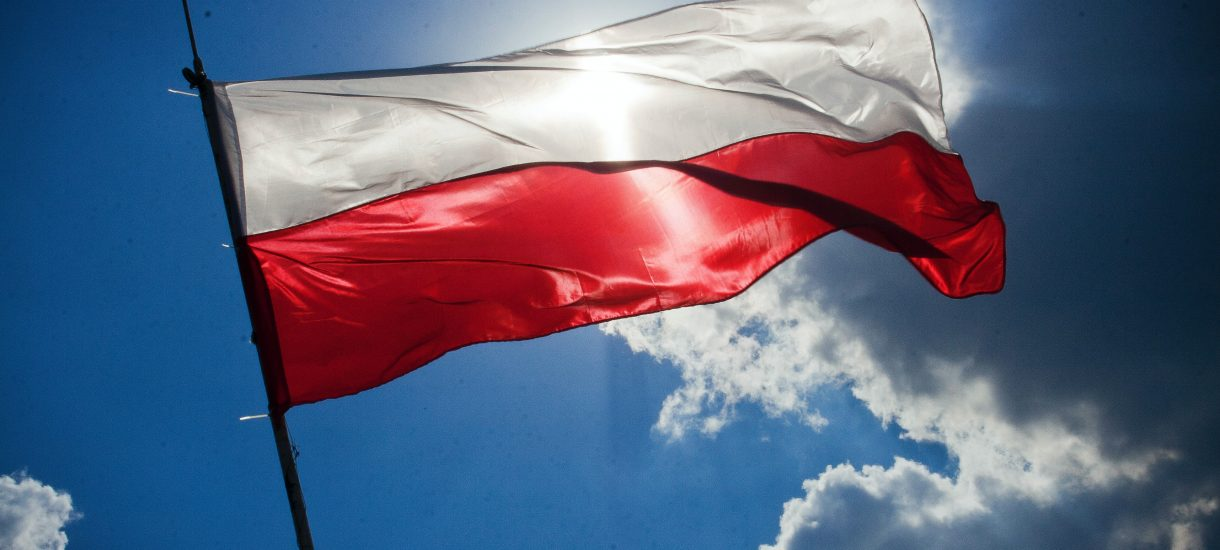 Tylko 38 proc. Polaków uważa nasz kraj za demokratyczny. Węgrzy mają podobne zdanie o swoim kraju