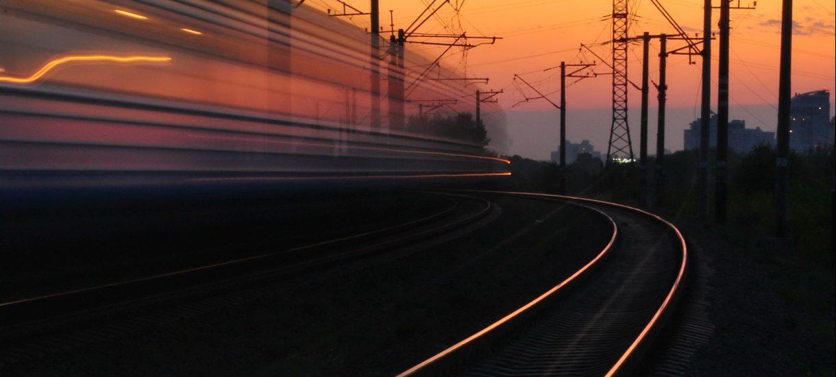 Nowa opłata za zakup biletu w pociągu PKP? Podróżna zapłaciła 130 złotych, bo na stacji nie było czynnej kasy biletowej