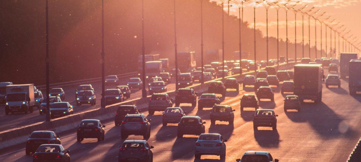 Jest pomysł zwalczenia największej bolączki polskich dróg. Chodzi o oczywiste zdelegalizowanie jazdy na zderzaku