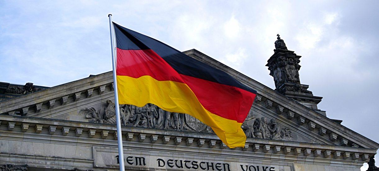 Germanofobia naszych rządzących szkodzi tylko Polsce. Niemcy są naszym głównym partnerem handlowym i kluczowym państwem Unii Europejskiej