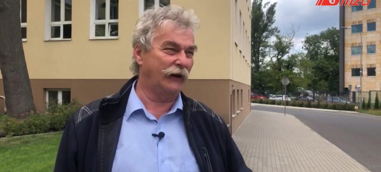 Niewinny 63-letni kierowca warszawskiego autobusu spędził noc w areszcie. Bo policja szukała osób jeżdżących po narkotykach
