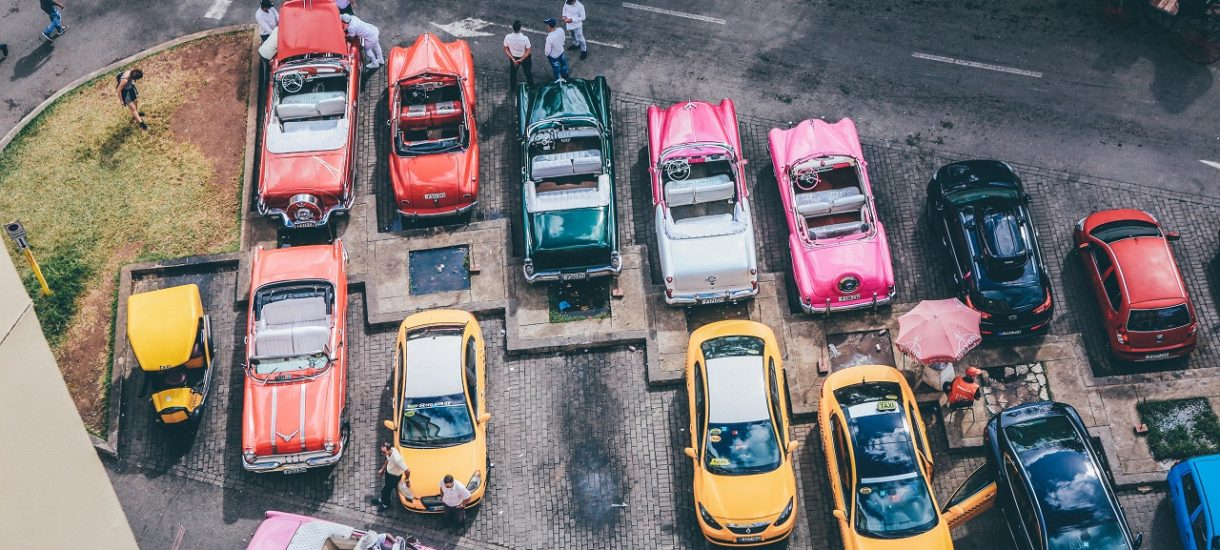 Opłaty parkingowe wyższe nawet o 1000 procent. To na razie propozycja w jednym z polskich miast, ale czy w ogóle ma sens?