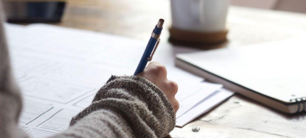 Testament własnoręczny czy notarialny – w jakiej formie najlepiej spisać ostatnią wolę?
