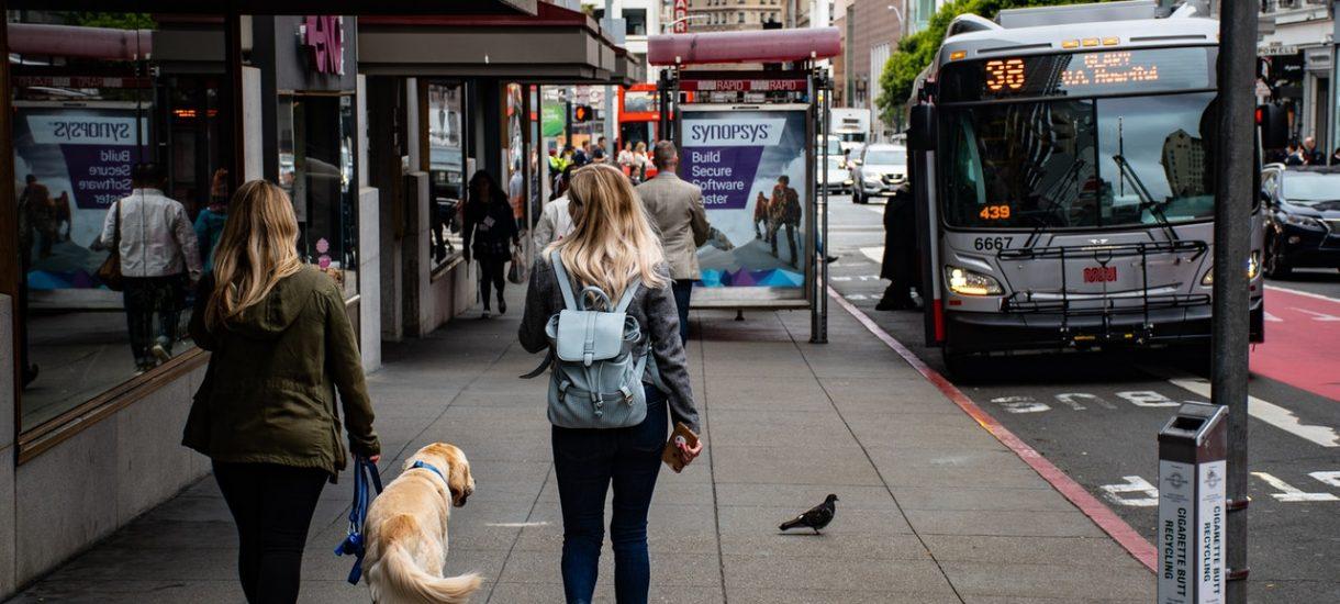 Arriva przetestuje kierowców swoich autobusów na obecność narkotyków. Choć polskie prawo tego… nie przewiduje