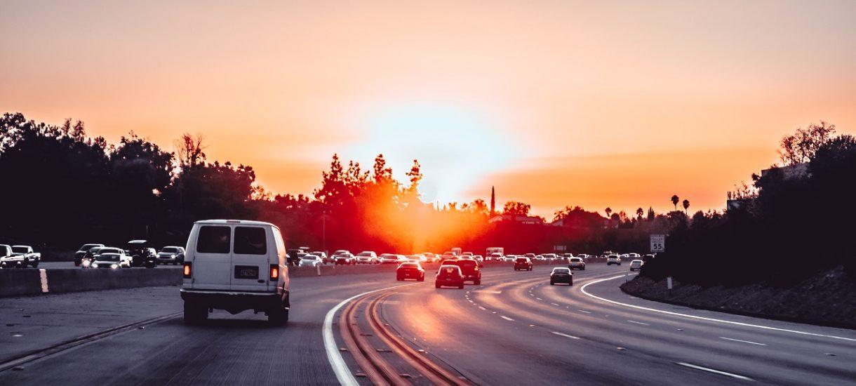 KAS zapowiada likwidację bramek na autostradach oraz unowocześnienie systemu poboru opłat
