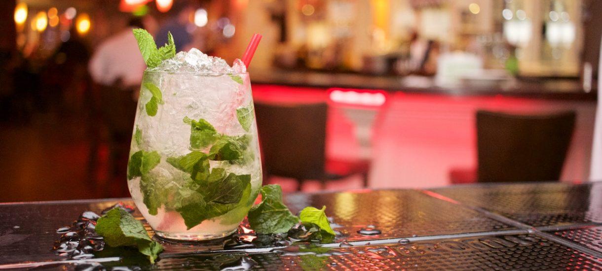 Wzrost cen alkoholu już niedługo. Czemu takie rozwiązania wprowadzane są podczas epidemii?
