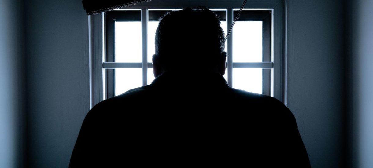 Więzienia w czasach zarazy. Osadzeni skarżą się do RPO, że nie mogą widywać swoich dzieci