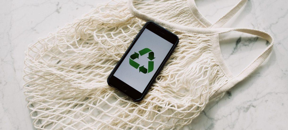 Wystarczy postawić inteligentne śmietniki, by 90% z nas zaczęło segregować odpady (robi to 10%). Dlaczego?