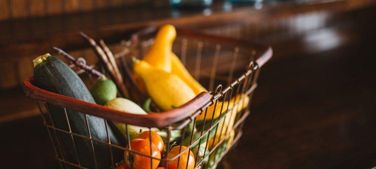 Rząd zmienia zdanie co do limitu klientów w sklepach. Rzecznik tłumaczy, jakie obostrzenia w handlu mają obowiązywać od 17 października