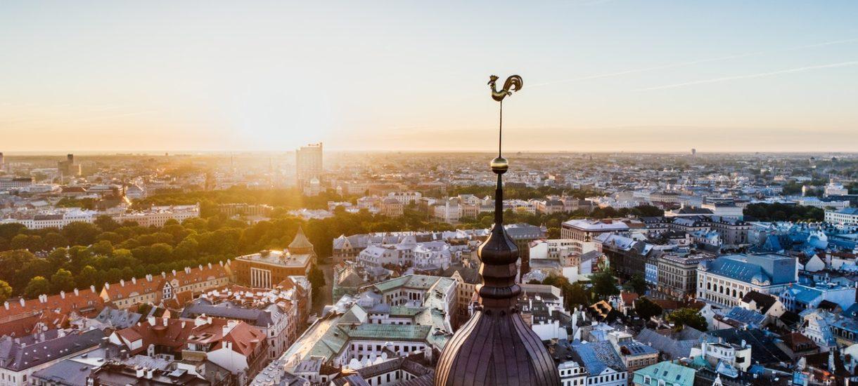 Kary za brak maseczki w Europie. We Francji grozi nawet do pół roku więzienia