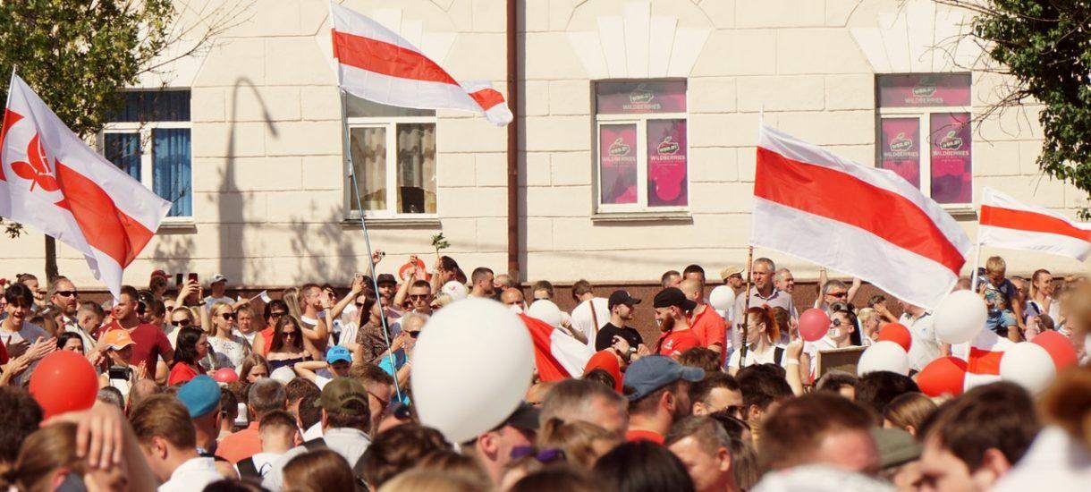 Rząd zmienił ustrój Polski. Mamy Nadsejm i Nadprezydenta