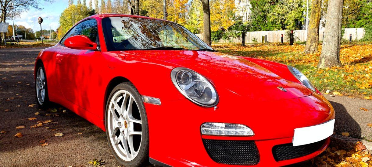 Wczoraj carsharing Panek świętował Porsche w swojej ofercie. Dziś luksusowy samochód jest już rozbity