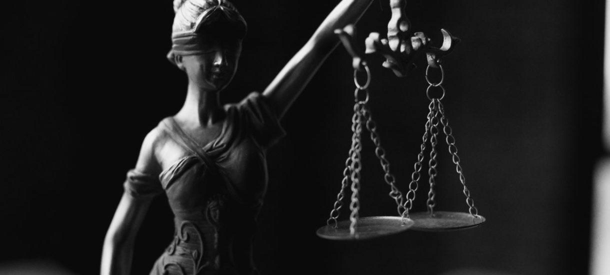 18-letni Adam skazany za pedofilię. Proces trwał 15 minut, bez obecności oskarżonego. Adwokat chłopaka walczy o uczciwy proces