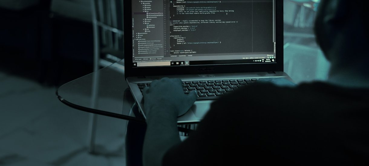 Rządzący idą w bardzo niebezpiecznym kierunku chcąc usprawnić krajowy system cyberbezpieczeństwa