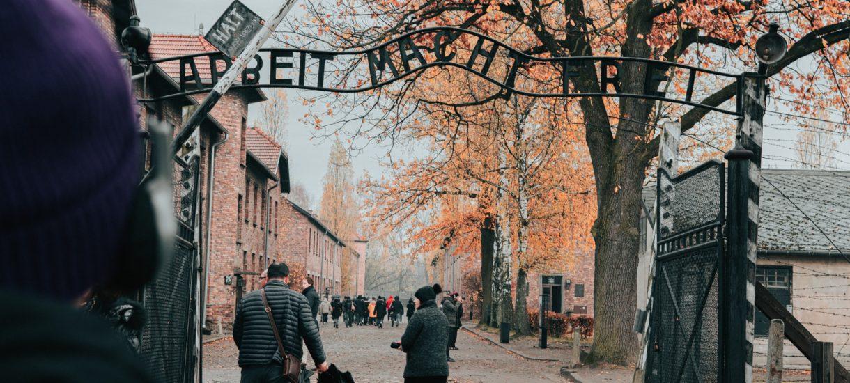 Holender chce odszkodowania za Auschwitz od… niemieckich kolei