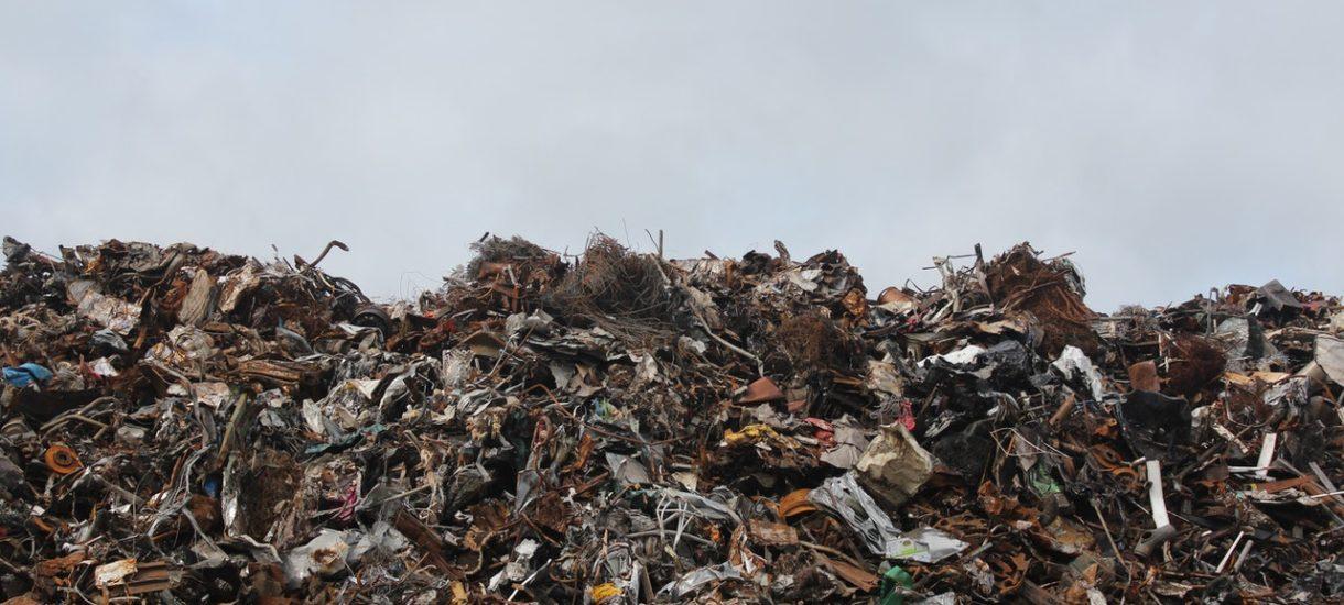 Segregacja śmieci – na swoje worki będziemy naklejać…. indywidualne kody kreskowe