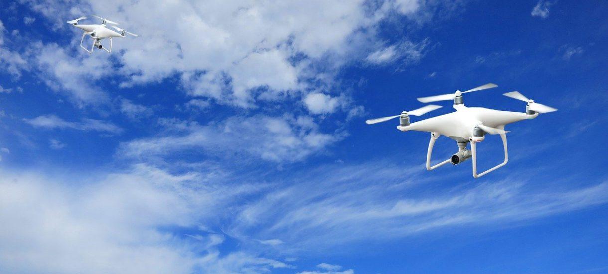 """Przypominamy, że od początku roku obowiązkowe jest """"prawo jazdy"""" na drona"""