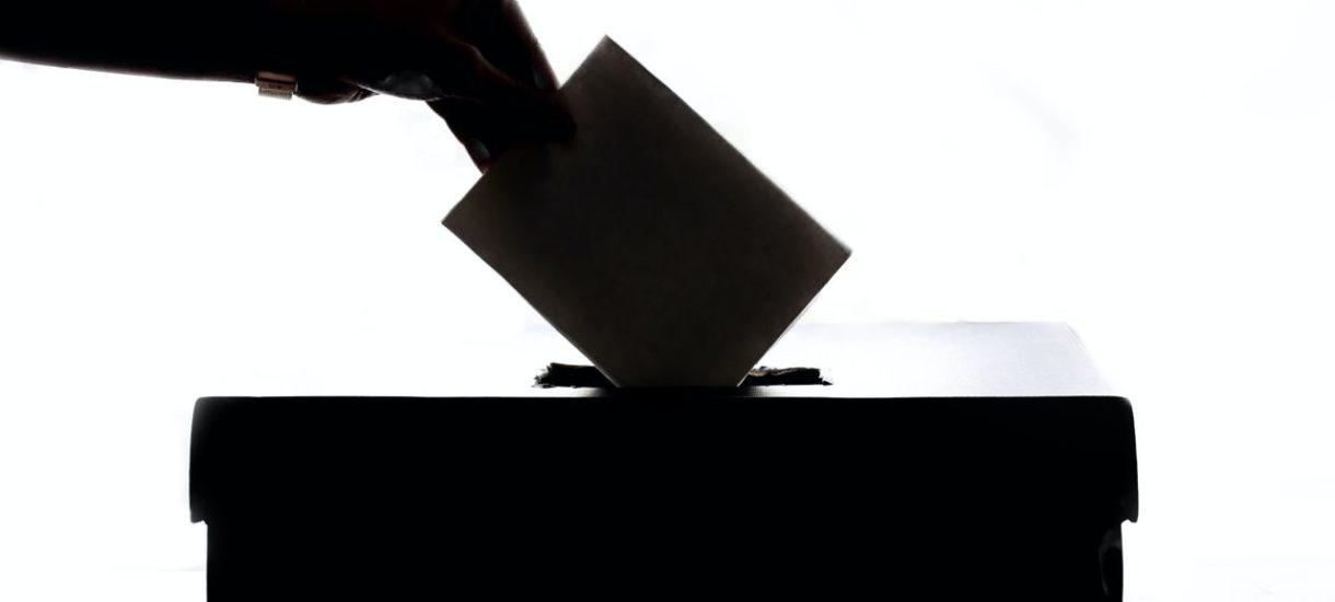 Zmiany w prawie wyborczym. Państwowa Komisja Wyborcza chce wiedzieć skąd partie mają pieniądze