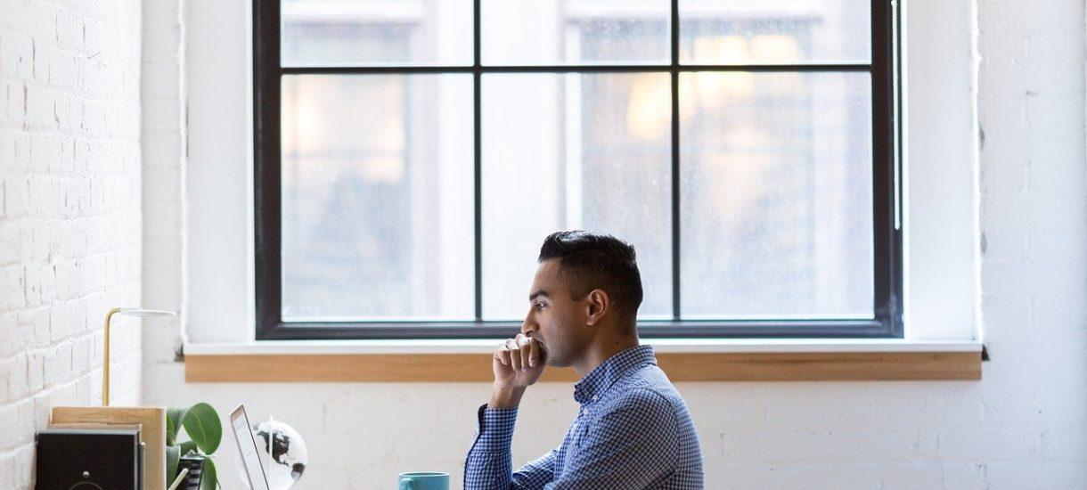 Przedsiębiorca nie powinien komercyjnie używać Microsoft 365 Personal, ale skarbówka i tak przymknie oko. Pod jednym warunkiem