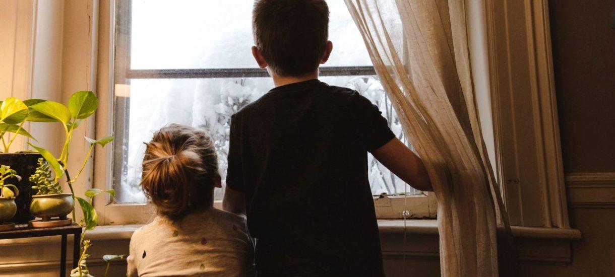 Wydziedziczenie syna czy córki niekoniecznie uchroni spadkobierców przed zapłatą zachowku. Wysokość ich zobowiązania może nawet wzrosnąć