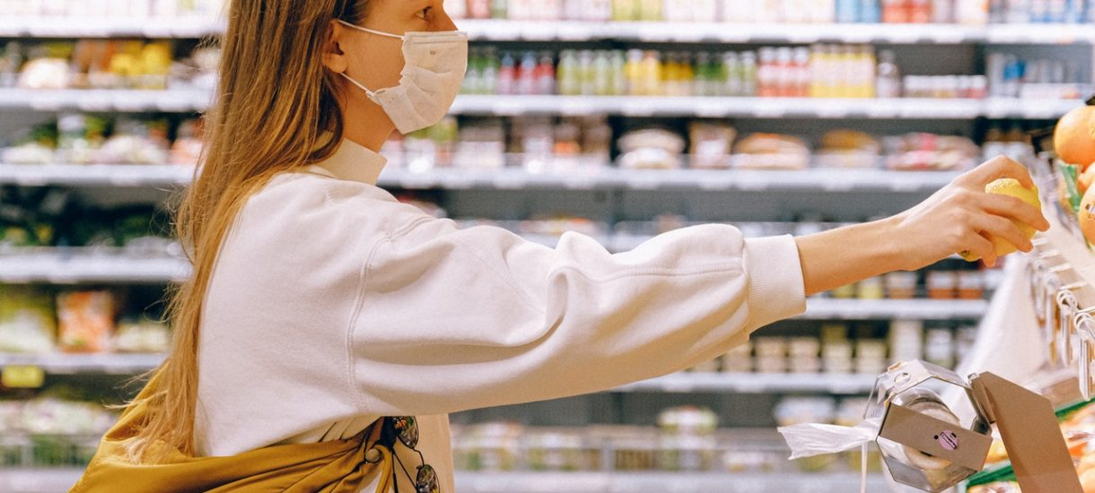 Testy na przeciwciała COVID-19 nie tylko w Biedronce czy Lidlu. Kolejna sieć sklepów wprowadzi je do oferty