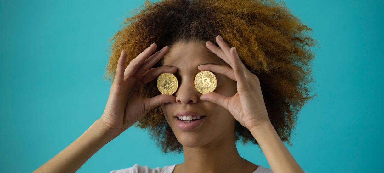 Za jednego bitcoina można było kiedyś kupić tylko batonik. Dziś nawet mieszkanie albo Teslę