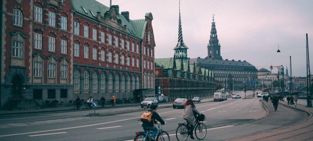 Dania wyłączyła szczepionkę AstraZeneca z programu szczepień. Czechy, Litwa i Łotwa wyraziły chęć przyjęcia duńskich dawek