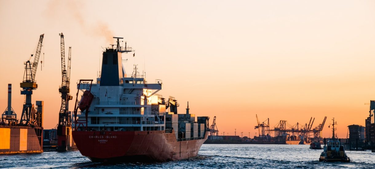 Koszty ratowania kontenerowca Ever Given pokryje… polski ubezpieczyciel. Ale tylko w niewielkiej części