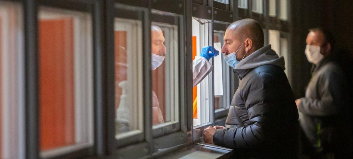 Już od piątku w Lidlu będzie można będzie kupić testy antygenowe na koronawirusa