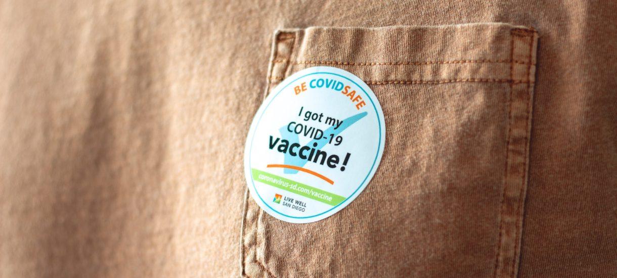 Na Podkarpaciu i Podlasiu można umówić się na szybki termin szczepienia właściwie dowolną szczepionką. Gorzej w innych częściach Polski