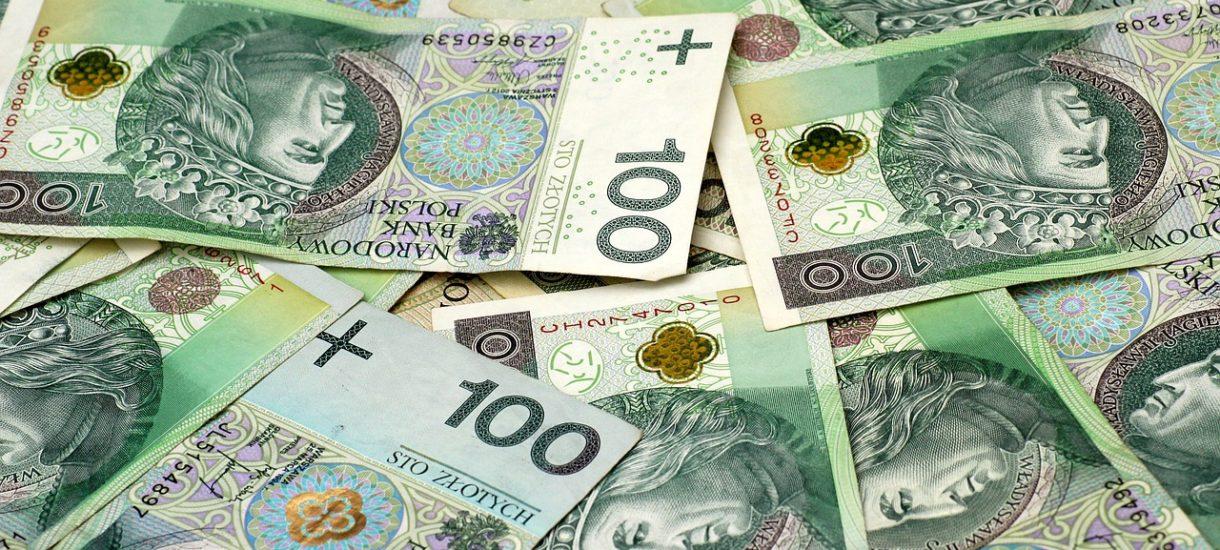 Polacy chcą zarabiać więcej. Prawie połowa przedsiębiorstw planuje zwiększyć w tym roku płace