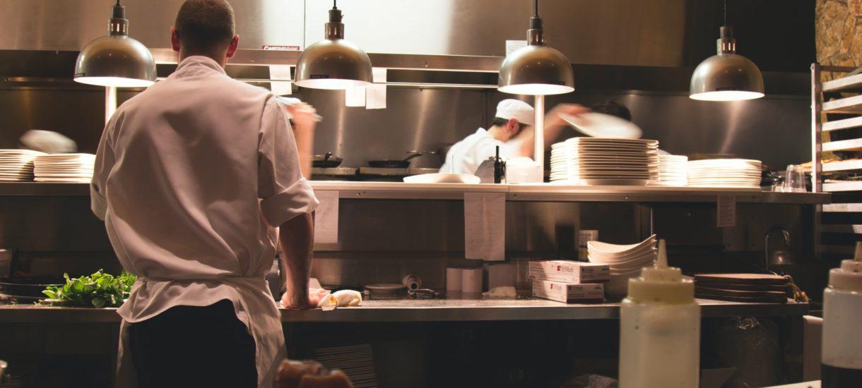 Gastronomia ma się świetnie, bo pan minister nie widzi upadających restauracji na Nowym Świecie