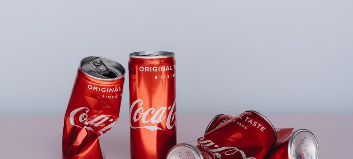 Cristiano Ronaldo poturbował Coca-Colę wizerunkowo i finansowo. Czy koncern mógłby go teraz pozwać za gest z wodą?