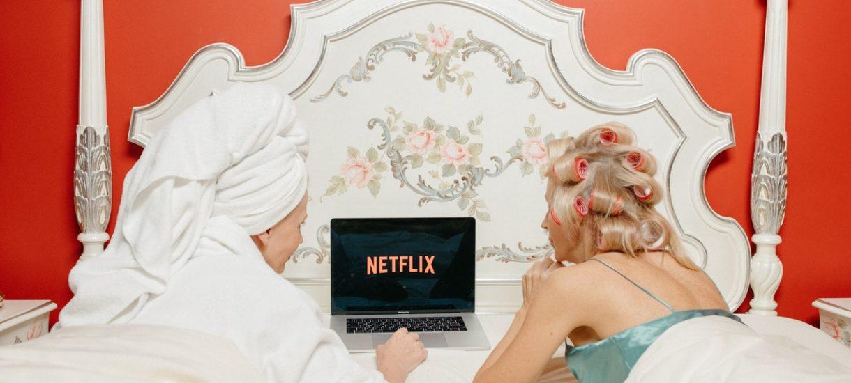 Po uruchomieniu Netflixa konieczna będzie weryfikacja konta za pomocą kodu wysyłanego SMS-em lub e-mailem. Ma to ograniczyć współdzielenie kont
