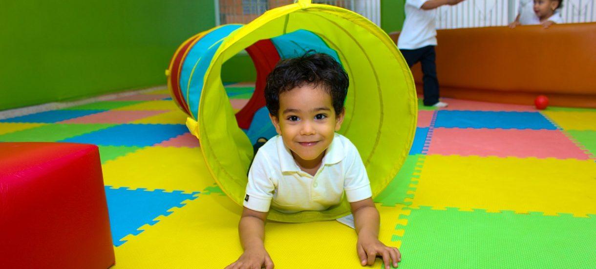 Jak zapewnić szczęśliwą przyszłość dziecka? Dobrym pomysłem jest rozwód i nadzór kuratora nad rodziną