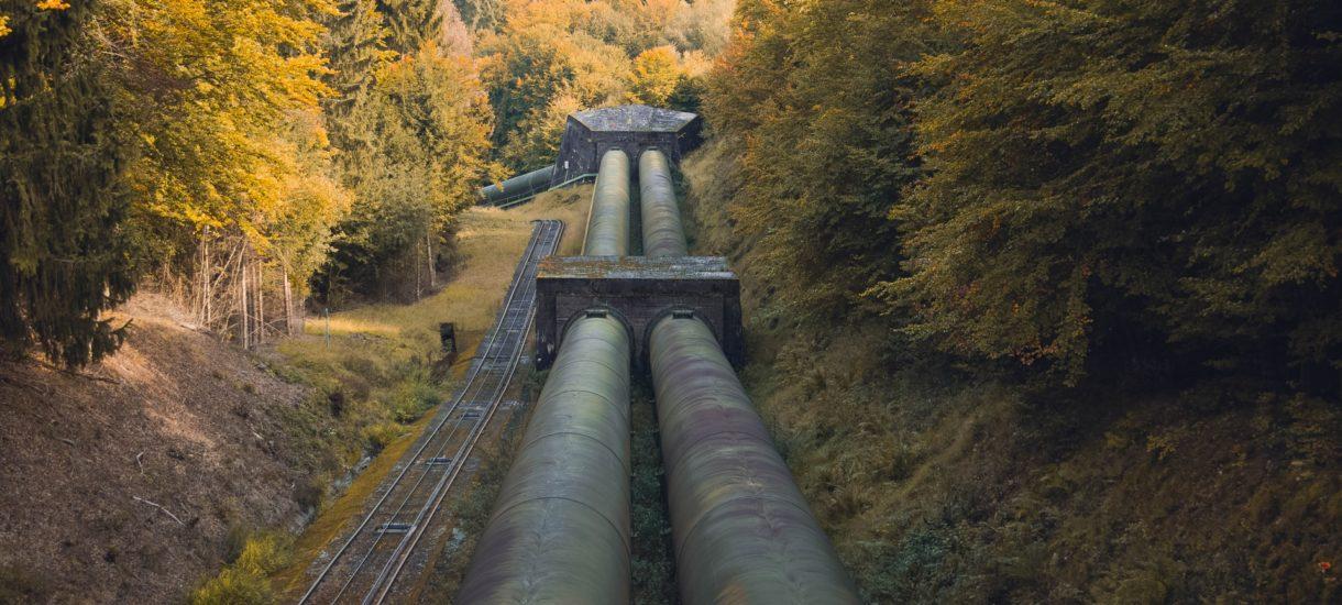"""""""Wstawanie z kolan"""" w praktyce. W sprawie Nord Stream 2 jest więcej ustępstw dla Ukrainy niż dla Polski"""