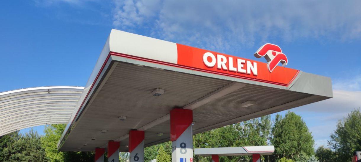 """Daniel Obajtek chce """"stabilizować"""" ceny paliw. Czyli prawie 6 zł za litr już zostanie?"""
