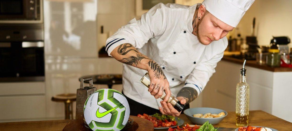 Lewandowski płaci kucharzowi 22 złote za godzinę. Powinien dać mu kontrakt na 2 miliony euro?