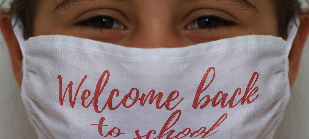 Jaki sens ma nauka stacjonarna od 1 września, jeśli zaraz trzeba będzie wracać do nauczania hybrydowego?