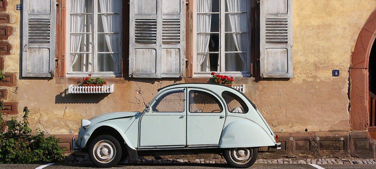 Wprowadzenie samochodu prywatnego do firmy to często najprostsza metoda na oszczędności podatkowe
