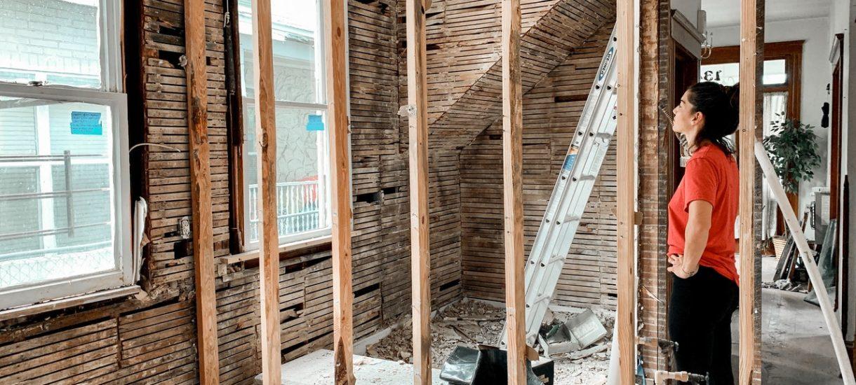 Budowa domu do 70 mkw. może się skończyć dla inwestora nawet więzieniem. Będzie też problem ze sprzedażą budynku