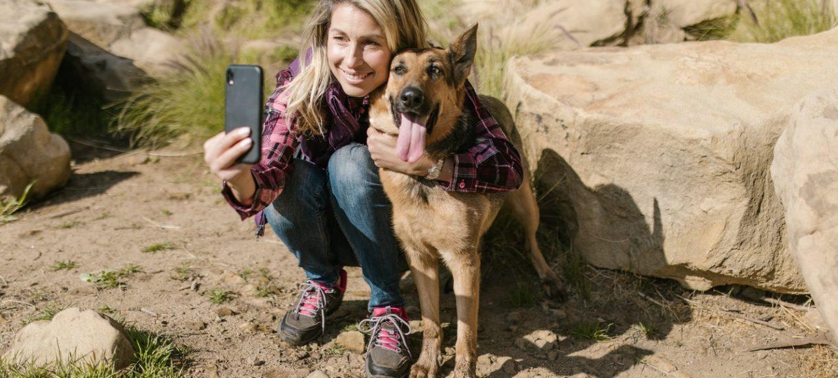 Zakaz wstępu psów na plażę niezgodny z prawem. Tak uważa RPO