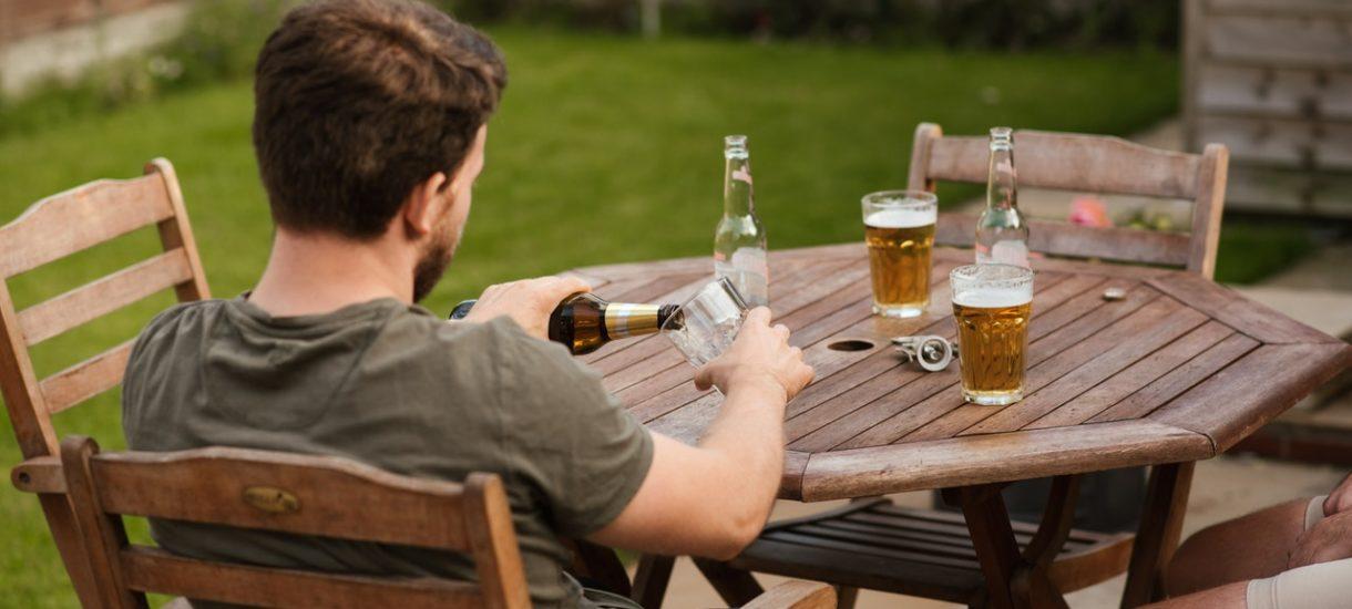 Na CDA.pl reklamowano piwo. W dzień, co – jak wiemy – bywa problematyczne prawnie