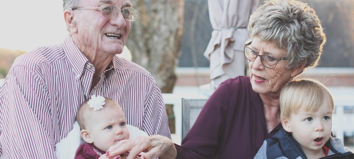 Czy wnuki mają prawny obowiązek opieki nad dziadkami?