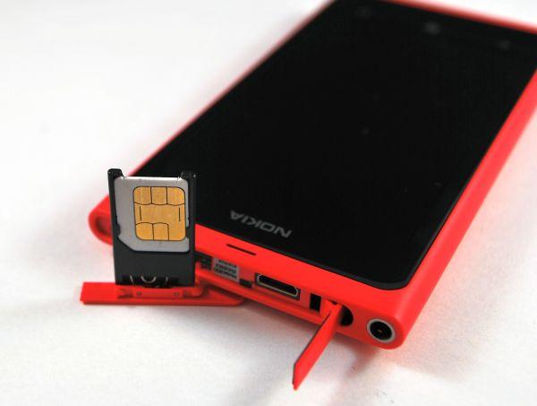 Mamy Nokię Lumia 800 – galeria zdjęć i pierwsze wrażenia