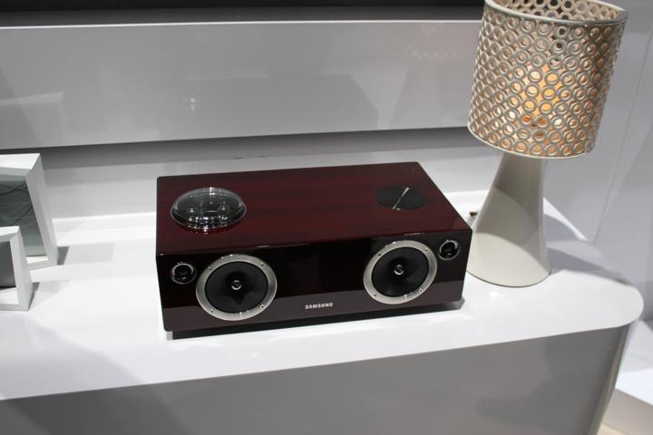 Audiofliski sprzęt od Samsunga dla smartfonów i tabletów. Hipsterska fanaberia?